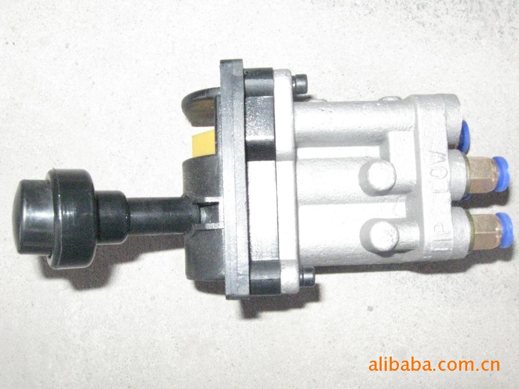 自卸车液压系统& 39;液压配件 气控举升阀图片