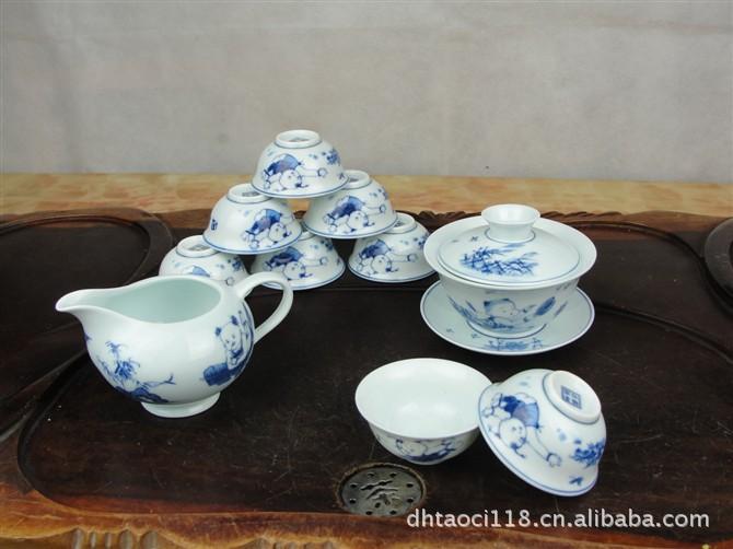 C德化陶瓷厂家供应青花瓷茶叶茶具