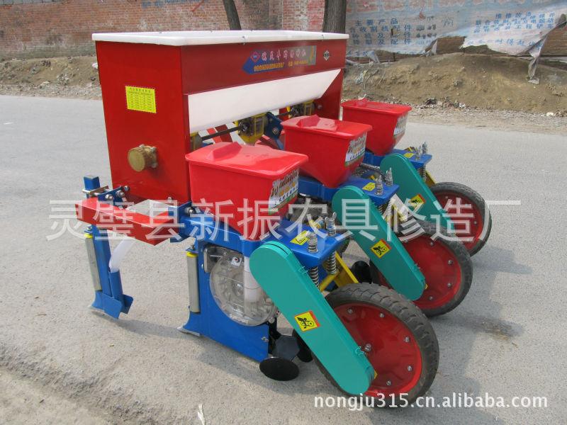 新型种植机械2BYF系列玉米免耕施肥播种机