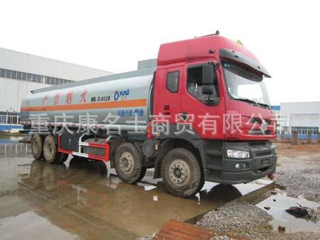 运力LG5312GHYC化工液体运输车L315东风康明斯发动机