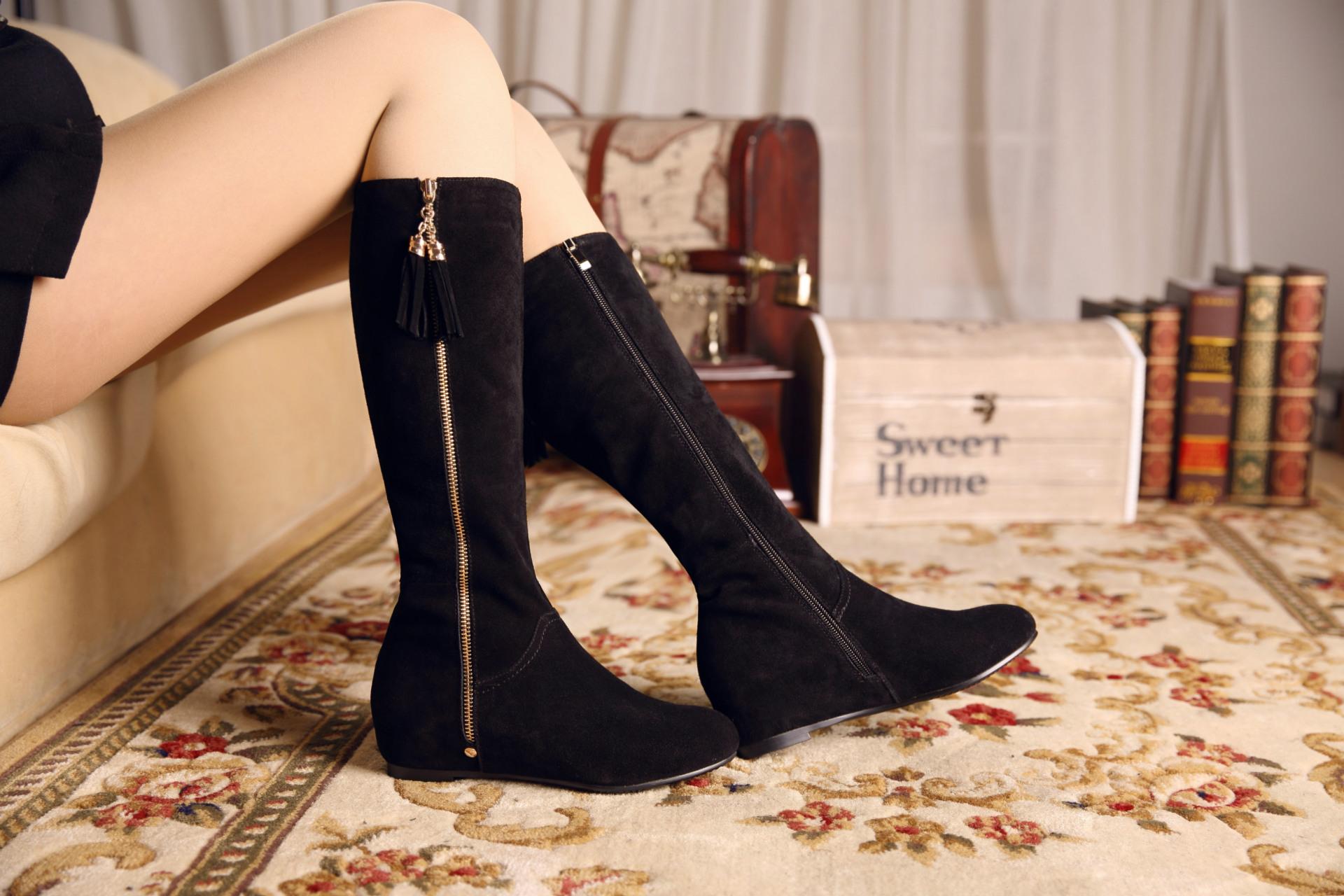 女靴流苏_