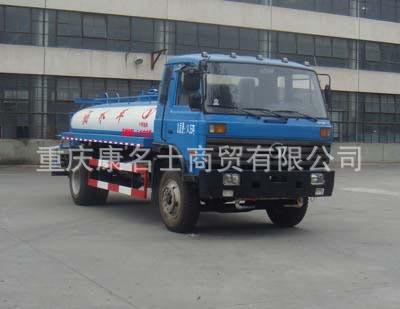 十通STQ5124GSS洒水车ISDe185东风康明斯发动机