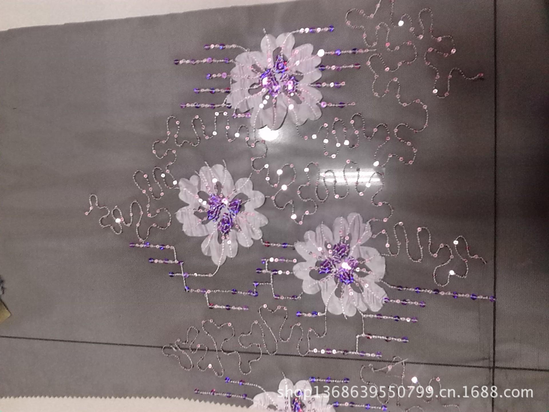 台装面料 涤纶锦纶网纱绣花 双边定位花型 49y py10-0811