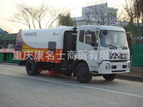 海德CHD5166TSL扫路车ISDe210东风康明斯发动机