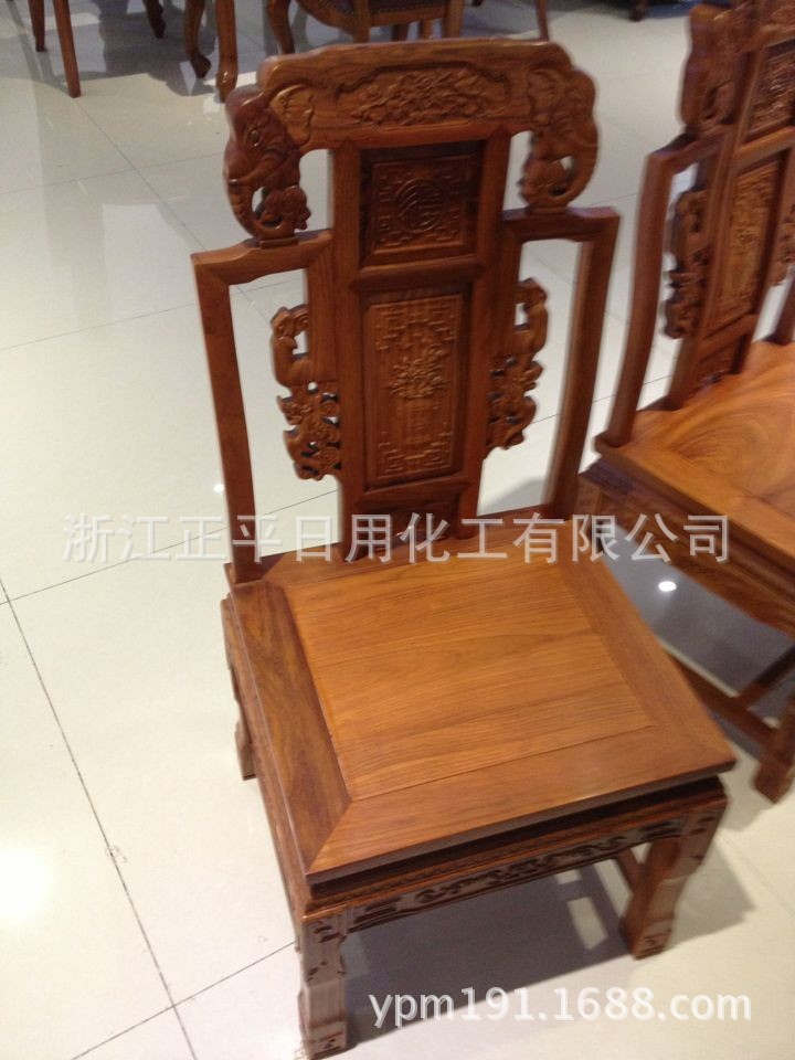 美古典面雕圆桌|客厅餐桌红木家具