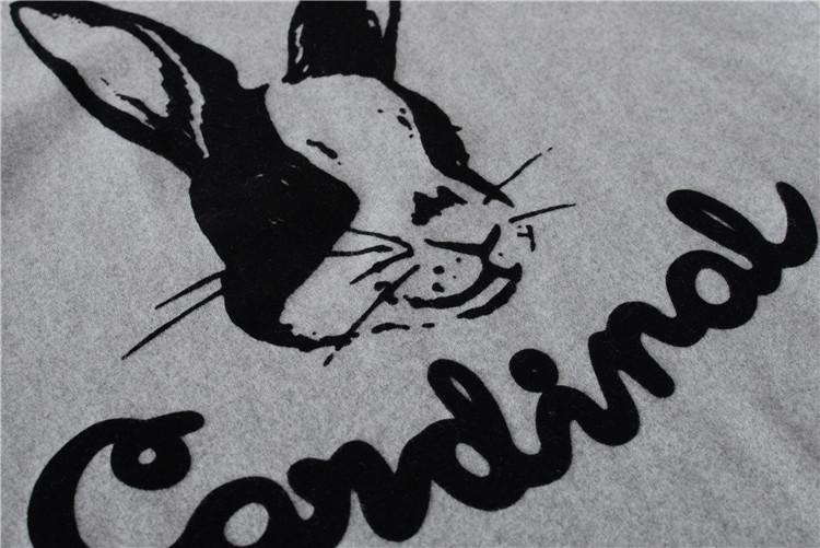 Áo thun in họa tiết bé thỏ xinh xắn đáng yêu
