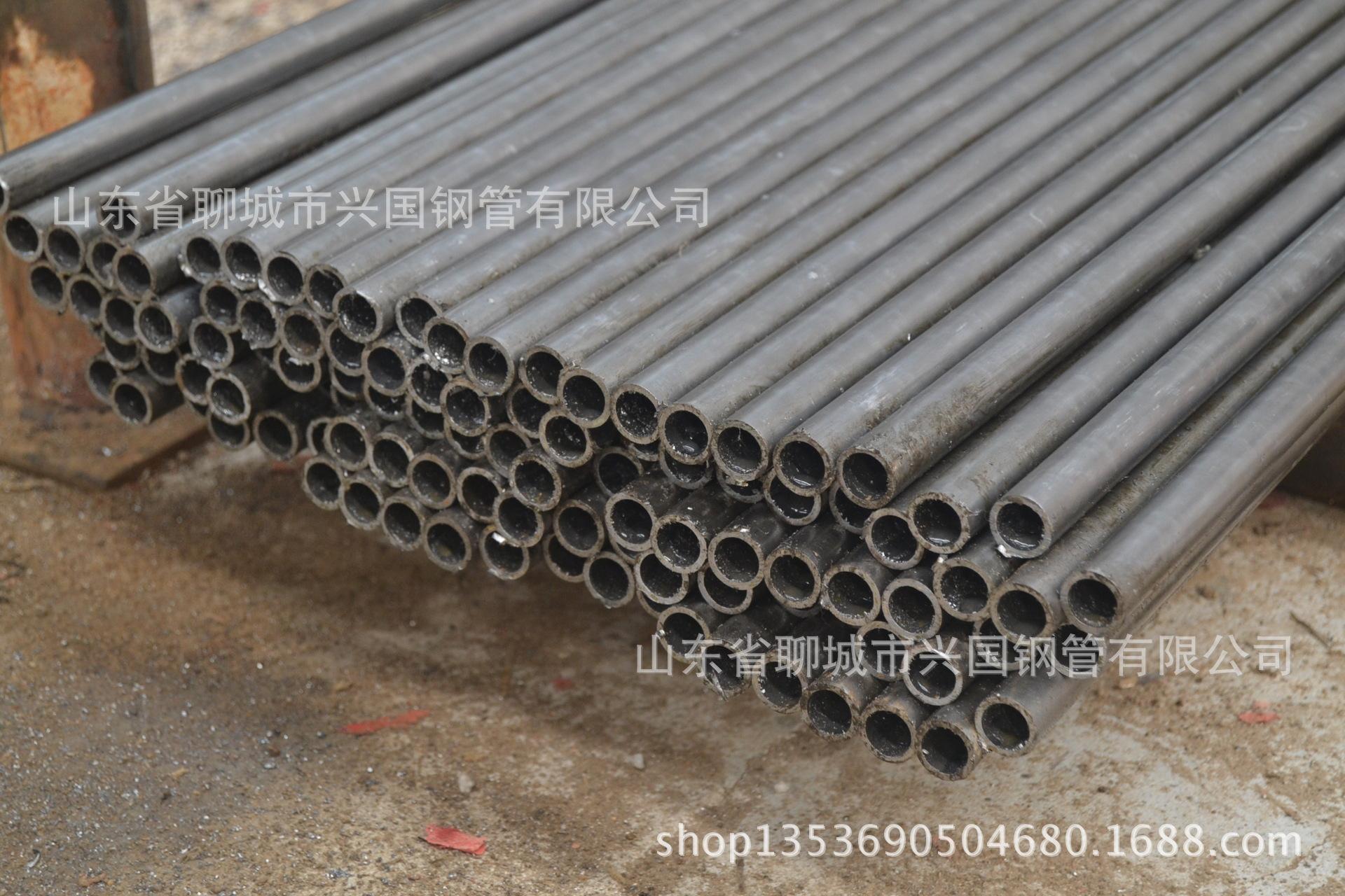 我厂常年现货销售45#材质外径40壁厚2至10小口径无缝钢管
